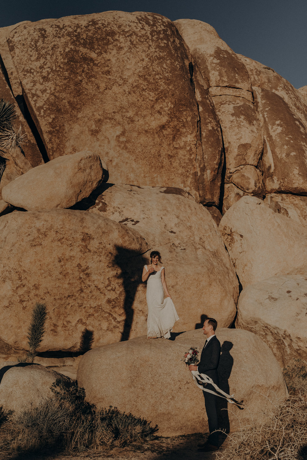 Joshua Tree Elopement - Los Angeles Wedding Photographers - IsaiahAndTaylor.com-087.jpg