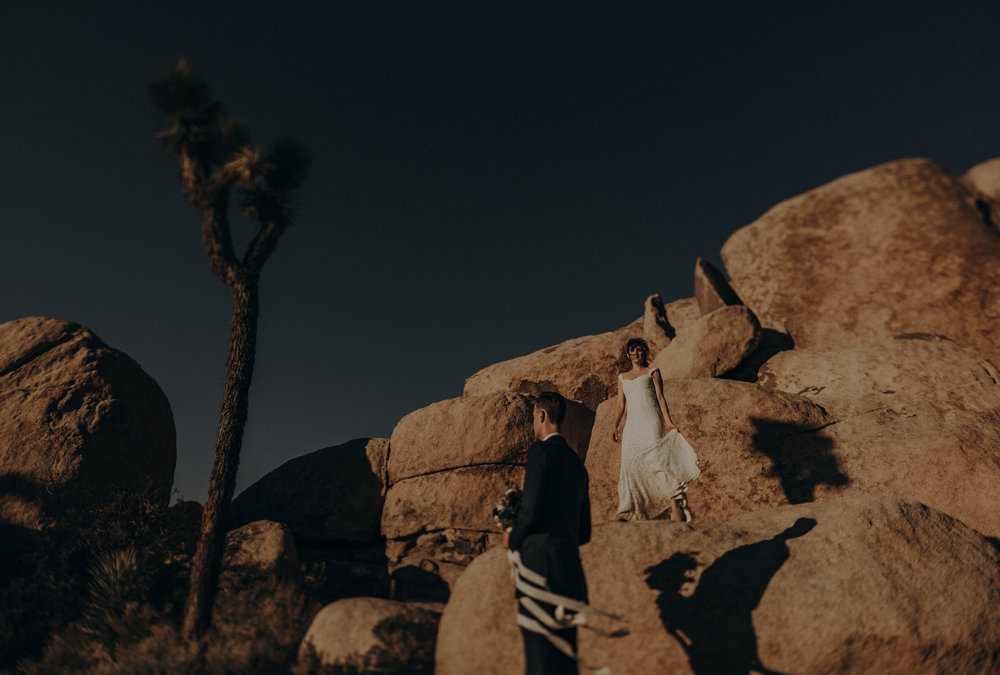 Joshua Tree Elopement - Los Angeles Wedding Photographers - IsaiahAndTaylor.com-088.jpg
