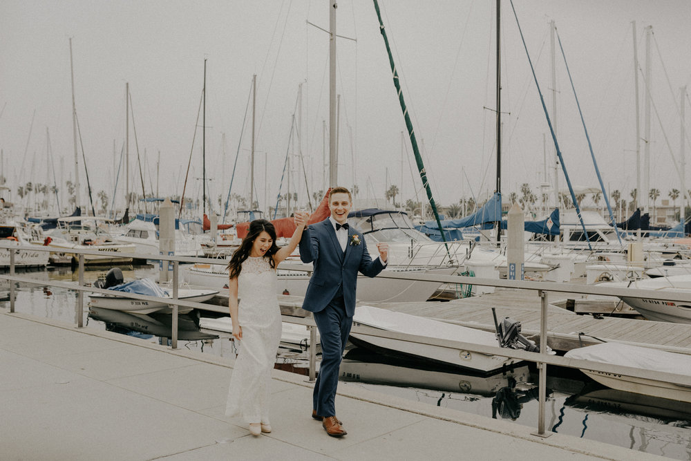 Los Angeles Wedding Photographers - The Chart House Wedding - Isaiah + Taylor Photography-037.jpg