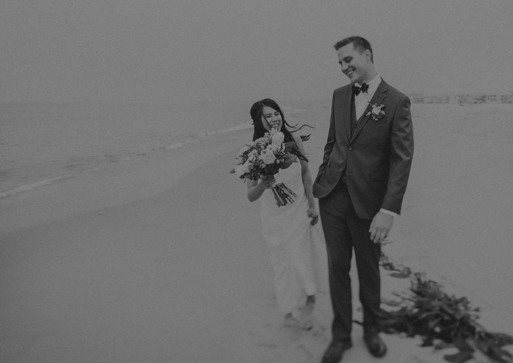 Los Angeles Wedding Photographers - The Chart House Wedding - Isaiah + Taylor Photography-110.jpg