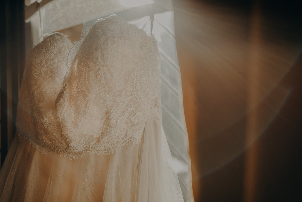 Los Angeles Wedding Photographers - Yosemite Destination Wedding Elopement - IsaiahAndTaylor.com -004.jpg