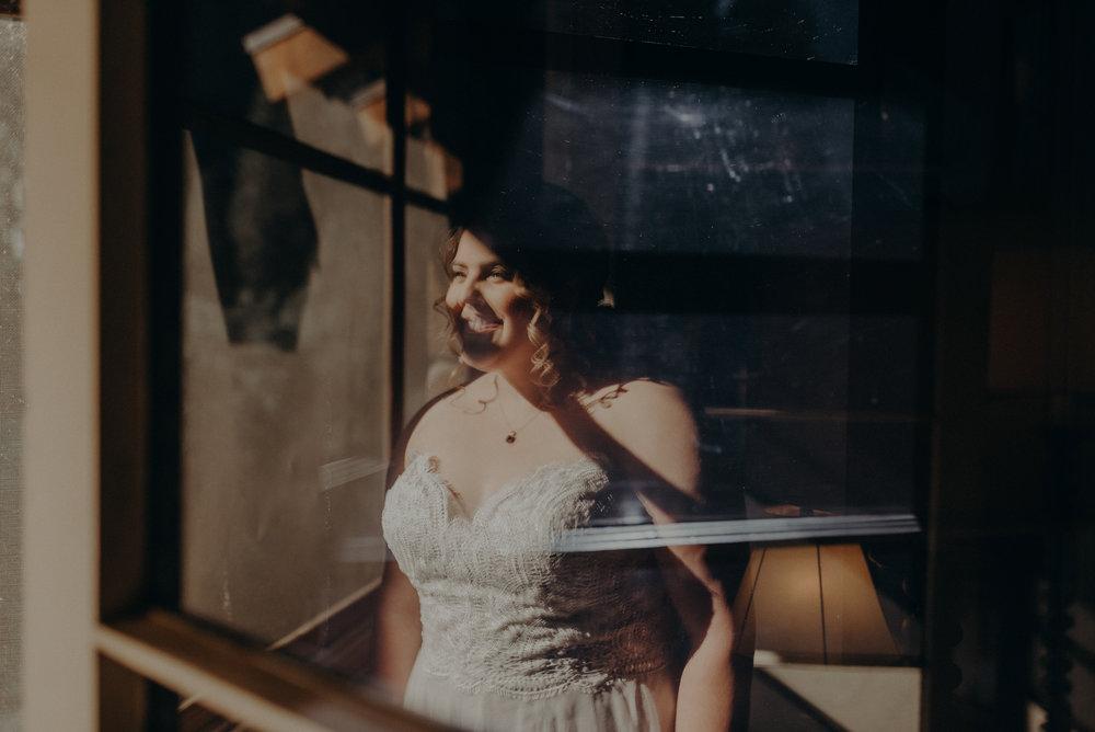 Los Angeles Wedding Photographers - Yosemite Destination Wedding Elopement - IsaiahAndTaylor.com -016.jpg