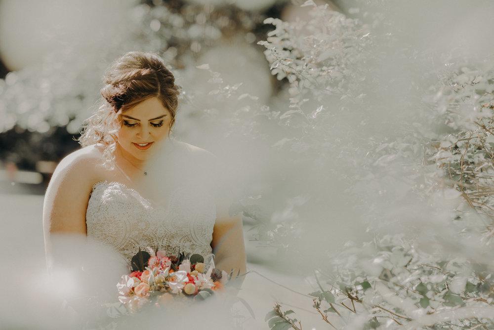 Los Angeles Wedding Photographers - Yosemite Destination Wedding Elopement - IsaiahAndTaylor.com -023.jpg