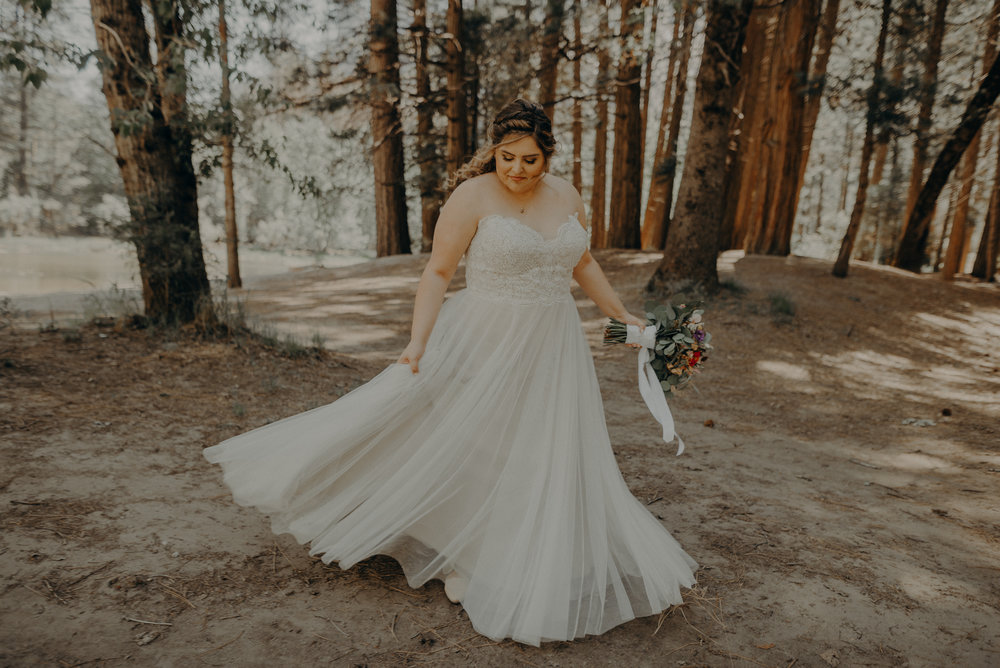 Los Angeles Wedding Photographers - Yosemite Destination Wedding Elopement - IsaiahAndTaylor.com -025.jpg