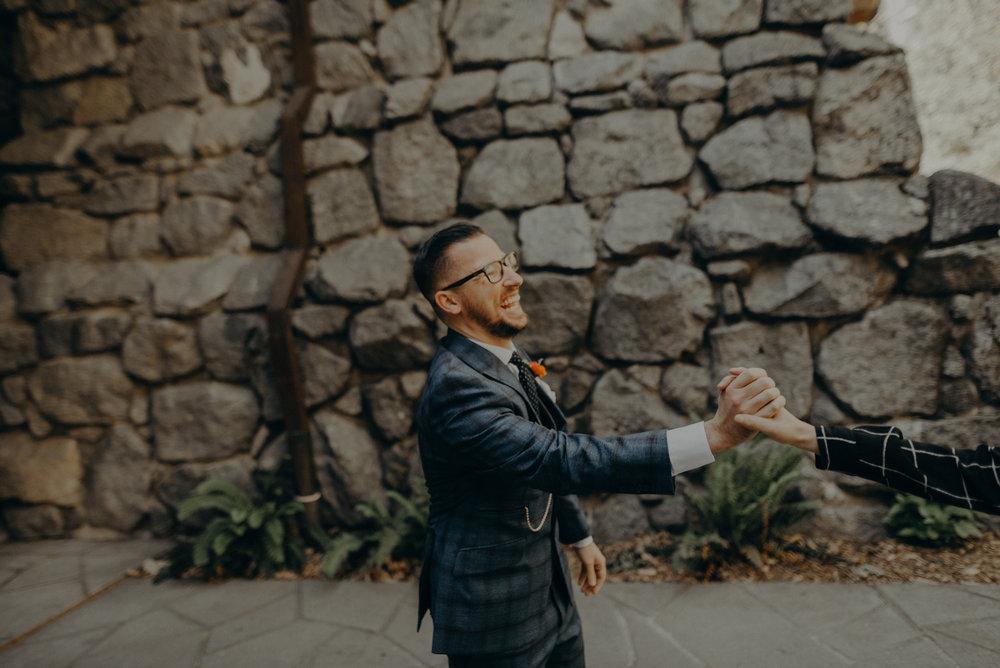 Los Angeles Wedding Photographers - Yosemite Destination Wedding Elopement - IsaiahAndTaylor.com -027.jpg