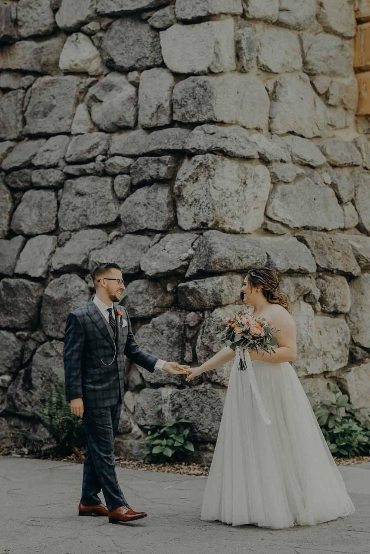 Los Angeles Wedding Photographers - Yosemite Destination Wedding Elopement - IsaiahAndTaylor.com -034.jpg