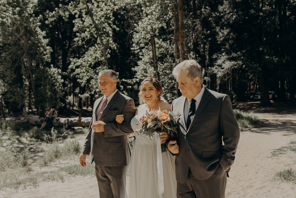 Los Angeles Wedding Photographers - Yosemite Destination Wedding Elopement - IsaiahAndTaylor.com -044.jpg