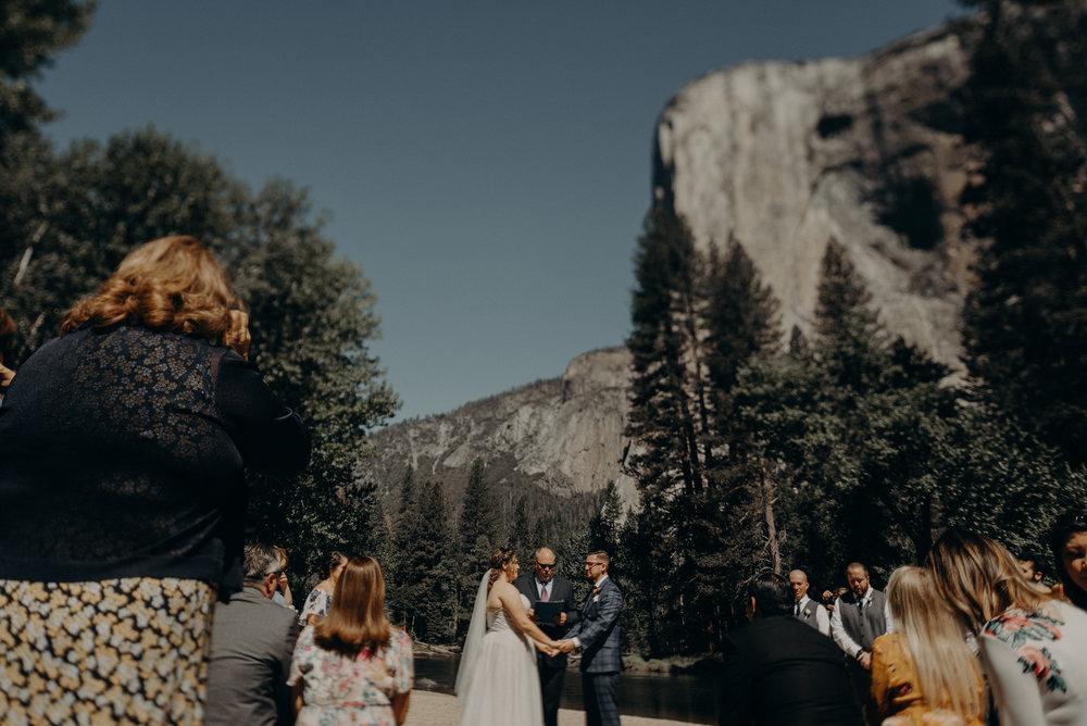 Los Angeles Wedding Photographers - Yosemite Destination Wedding Elopement - IsaiahAndTaylor.com -048.jpg