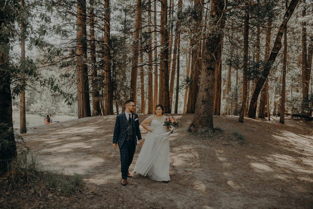 Los Angeles Wedding Photographers - Yosemite Destination Wedding Elopement - IsaiahAndTaylor.com -077.jpg