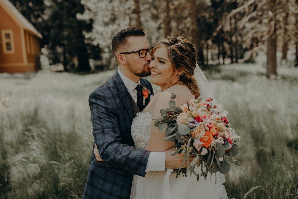 Los Angeles Wedding Photographers - Yosemite Destination Wedding Elopement - IsaiahAndTaylor.com -080.jpg
