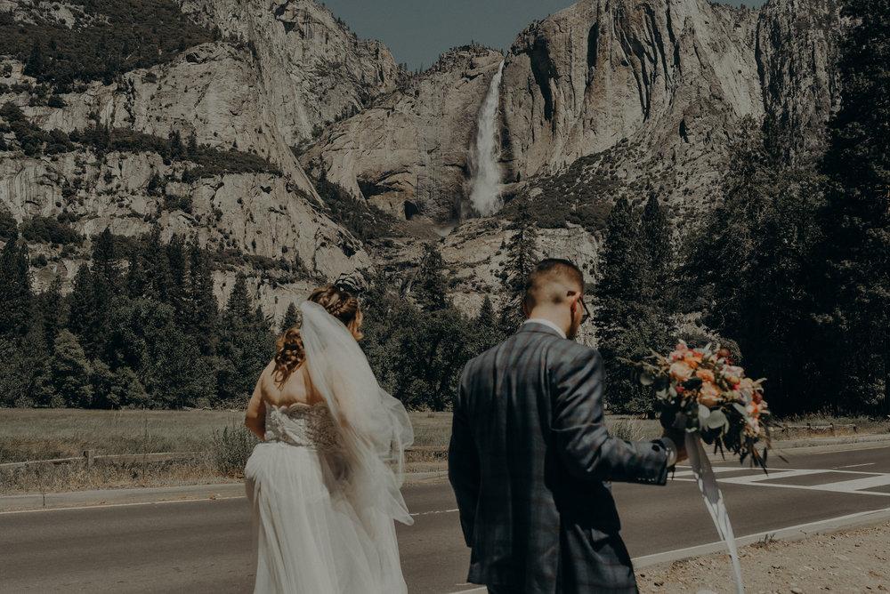 Los Angeles Wedding Photographers - Yosemite Destination Wedding Elopement - IsaiahAndTaylor.com -085.jpg