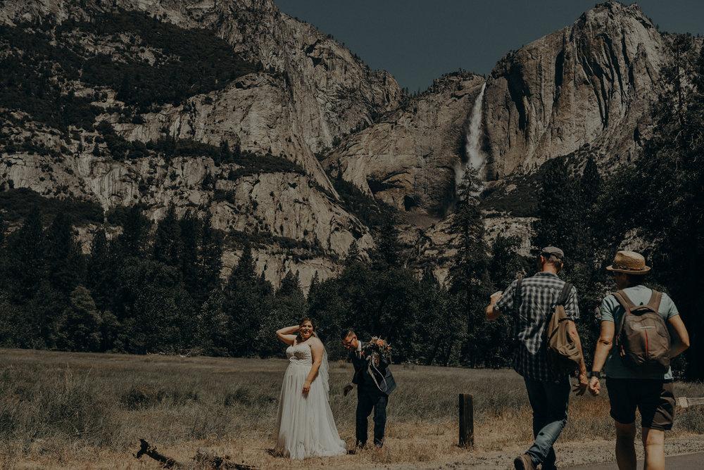 Los Angeles Wedding Photographers - Yosemite Destination Wedding Elopement - IsaiahAndTaylor.com -086.jpg