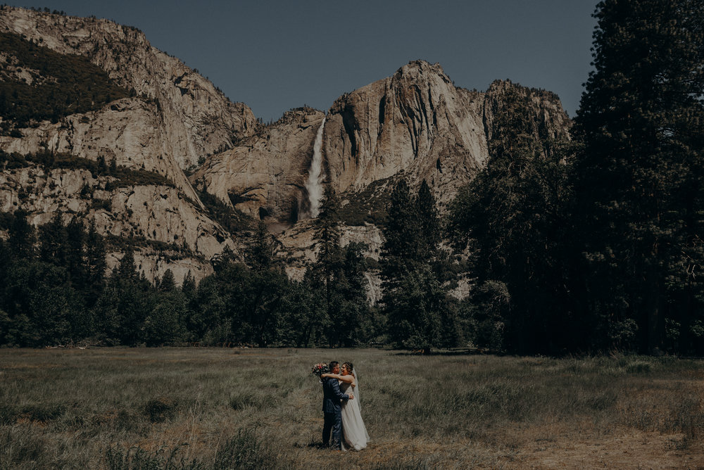 Los Angeles Wedding Photographers - Yosemite Destination Wedding Elopement - IsaiahAndTaylor.com -087.jpg