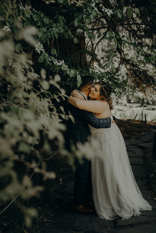 Los Angeles Wedding Photographers - Yosemite Destination Wedding Elopement - IsaiahAndTaylor.com -111.jpg