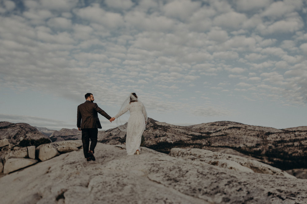Yosemite Elopement Photographer - Evergreen Lodge Wedding Photographer - IsaiahAndTaylor.com-012.jpg