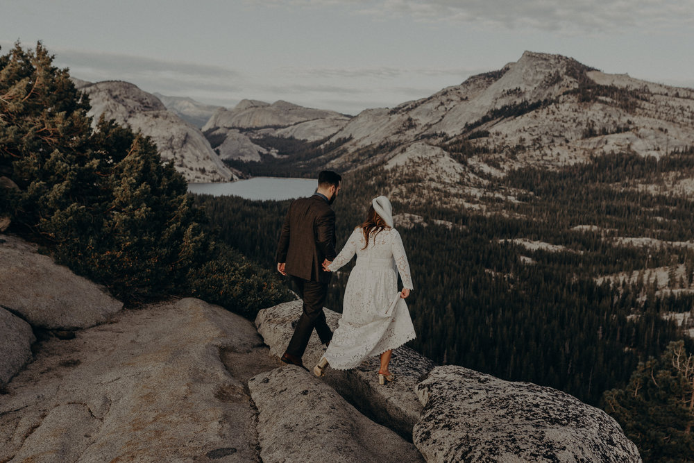 Yosemite Elopement Photographer - Evergreen Lodge Wedding Photographer - IsaiahAndTaylor.com-019.jpg