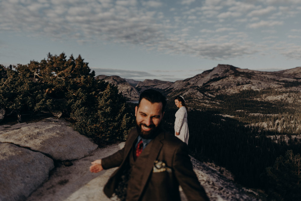 Yosemite Elopement Photographer - Evergreen Lodge Wedding Photographer - IsaiahAndTaylor.com-028.jpg