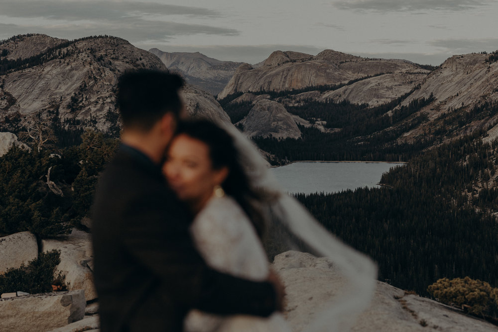 Yosemite Elopement Photographer - Evergreen Lodge Wedding Photographer - IsaiahAndTaylor.com-041.jpg