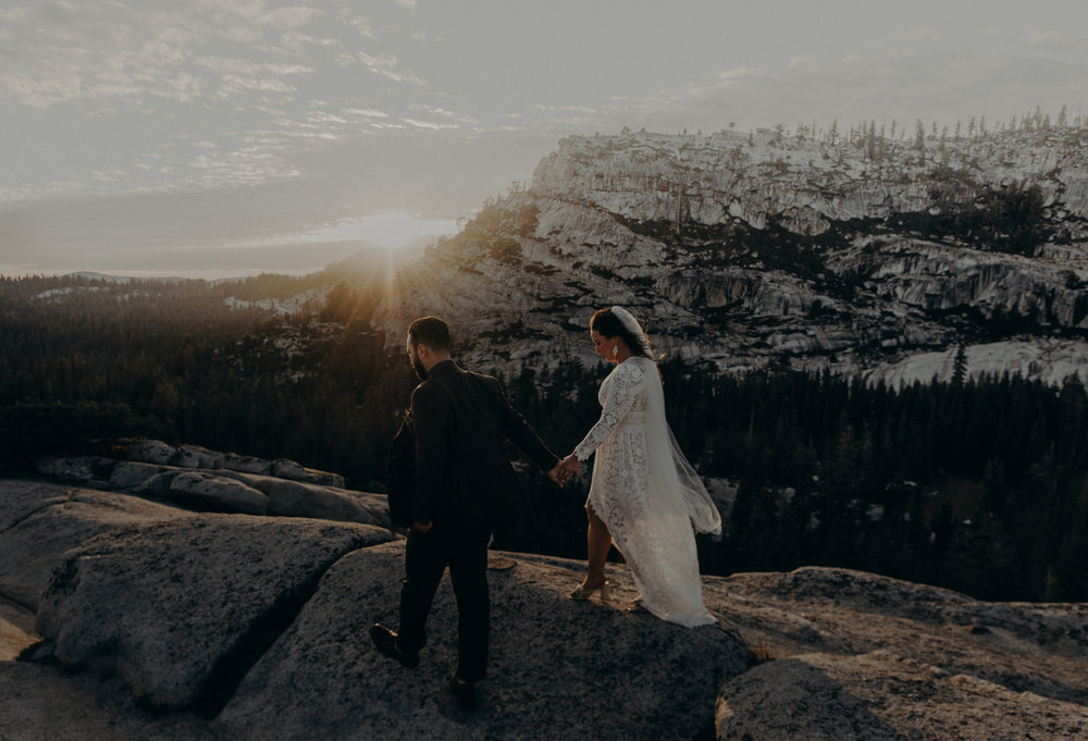 Yosemite Elopement Photographer - Evergreen Lodge Wedding Photographer - IsaiahAndTaylor.com-049.jpg