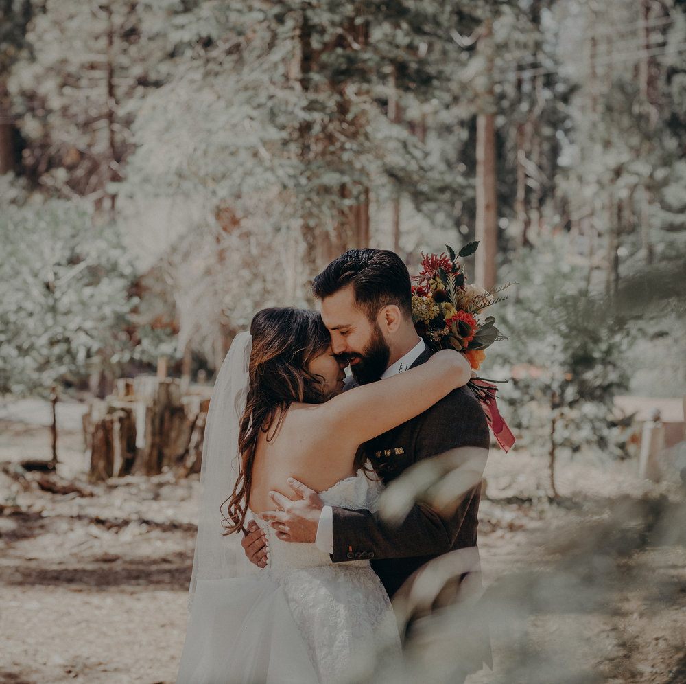 Yosemite Elopement Photographer - Evergreen Lodge Wedding Photographer - IsaiahAndTaylor.com-076.jpg