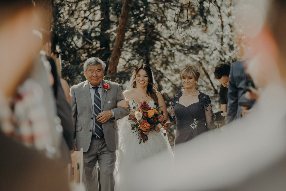 Yosemite Elopement Photographer - Evergreen Lodge Wedding Photographer - IsaiahAndTaylor.com-091.jpg