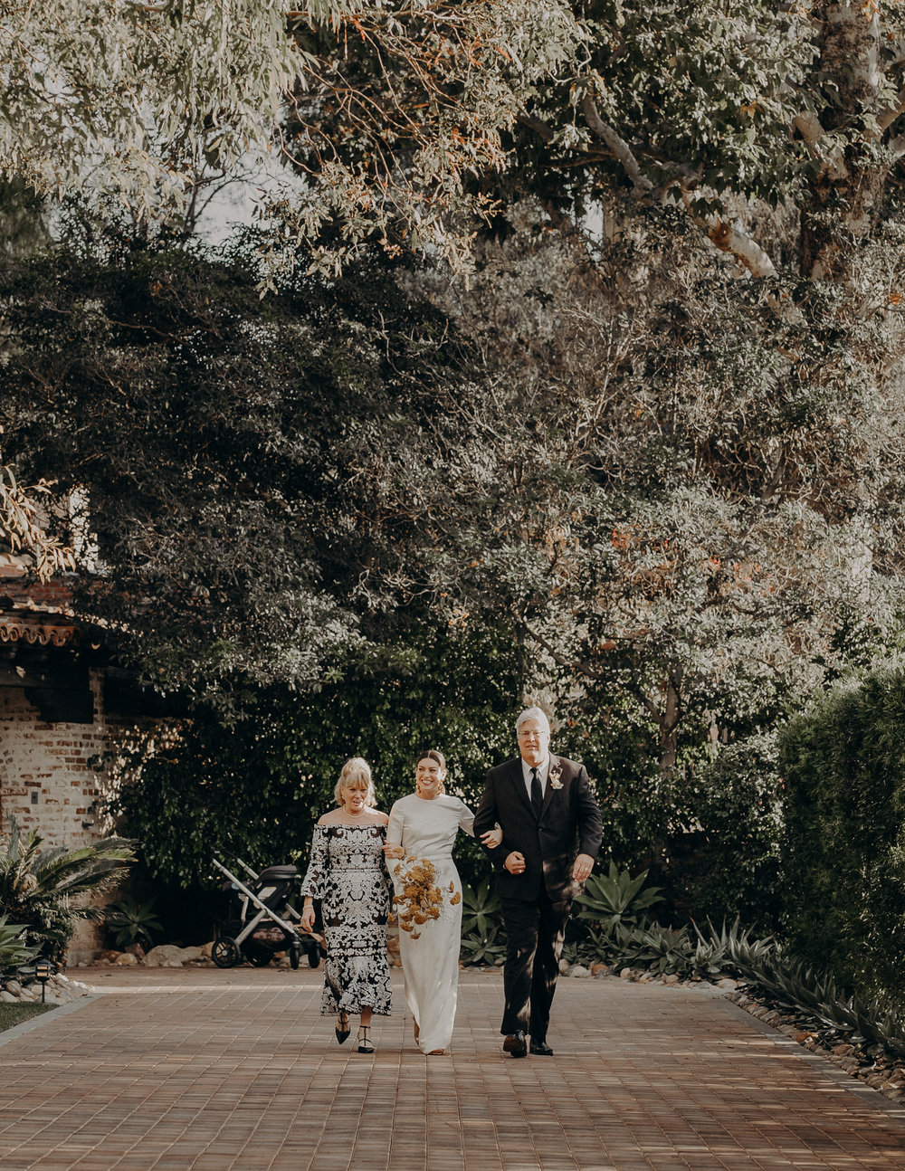 Hummingbird Nest Ranch Wedding - Wedding Photographer in Los Angeles - IsaiahAndTaylor.com-036.jpg