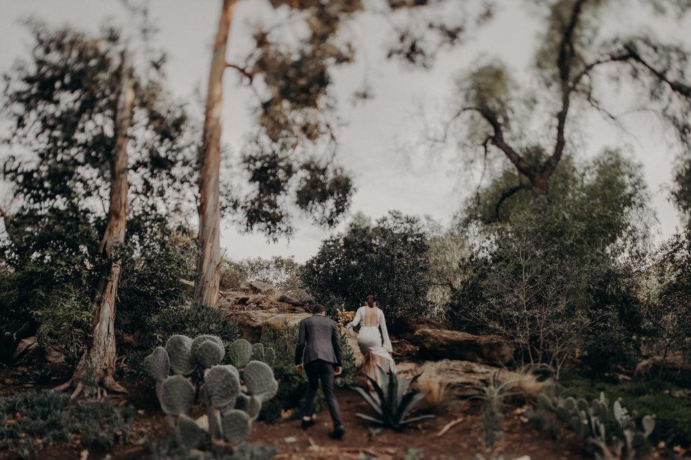 Hummingbird Nest Ranch Wedding - Wedding Photographer in Los Angeles - IsaiahAndTaylor.com-063.jpg