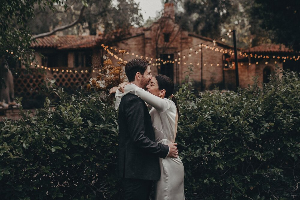 wedding photographer in Los Angeles - hummingbird nest ranch wedding venue