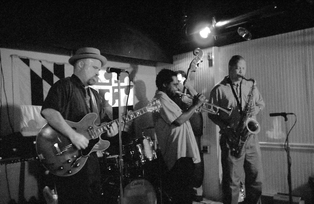 Terence and band no flash -070-33A.jpg