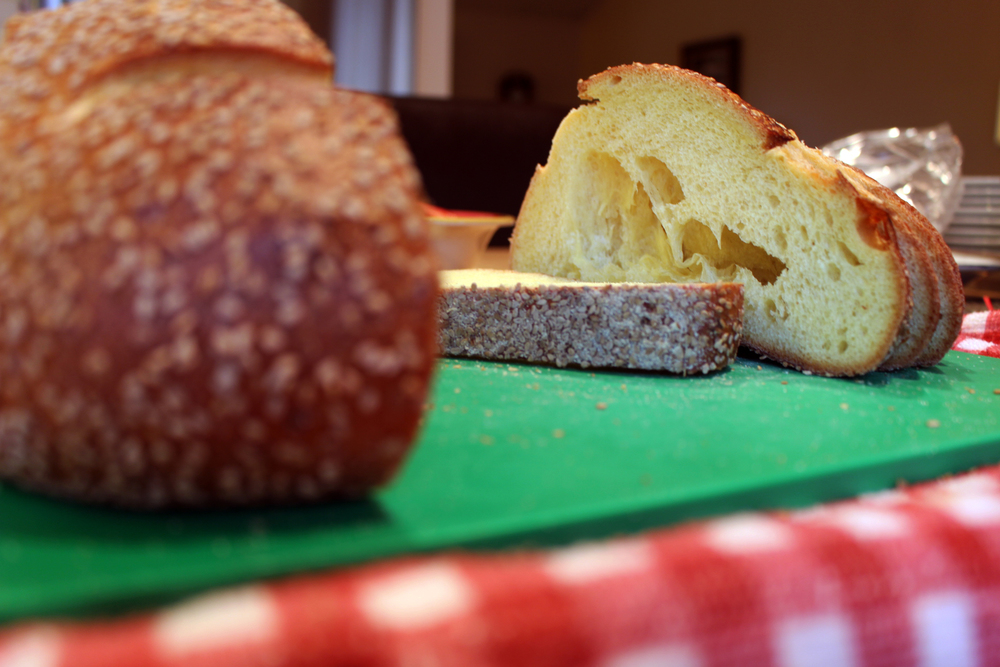 Hol(e)y Bread