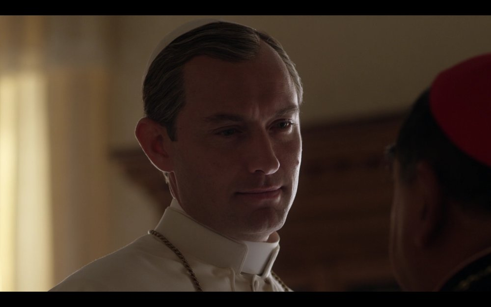 the-young-pope-101-21917-8.jpeg