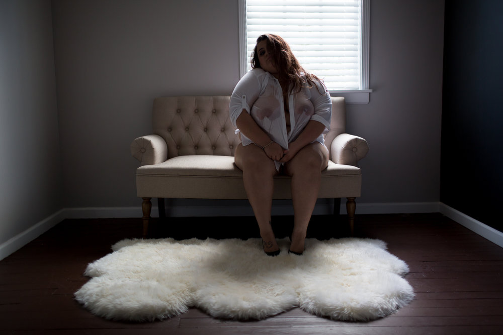 BOUDOIR IDEAS FOR CURVY WOMEN | NICHOLE MARIE BOUDOIR | SEBASTIAN FLORIDA LUXURY BOUDOIR PHOTOGRAPHER