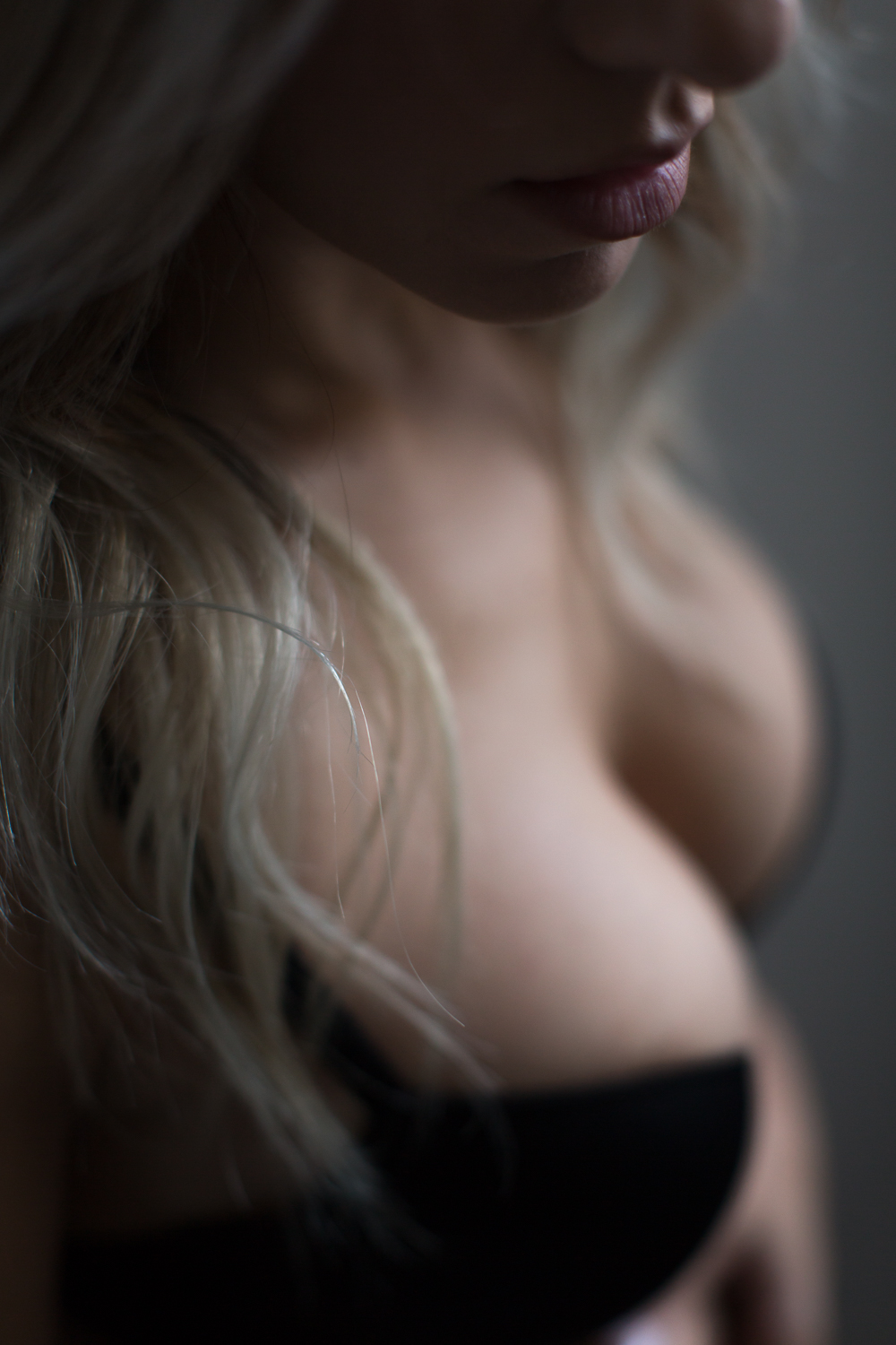 BOUDOIR DETAIL SHOTS | LIPS