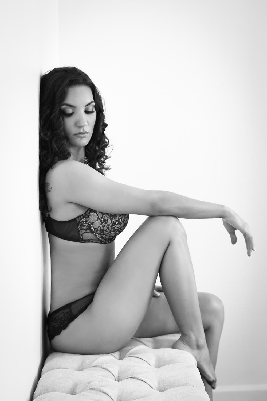 SEXY GOOMS GIFTS | SEBASTIAN, FL BOUDOIR PHOTOGRAHPER | NICHOLE MARIE BOUDOIR
