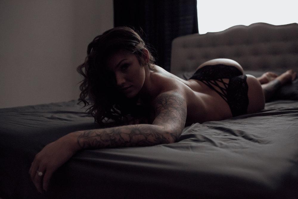 NICHOLE MARIE BOUDOIR | SEBASTIAN, FL BOUDOIR PHOTOGRAHPER-17.jpg