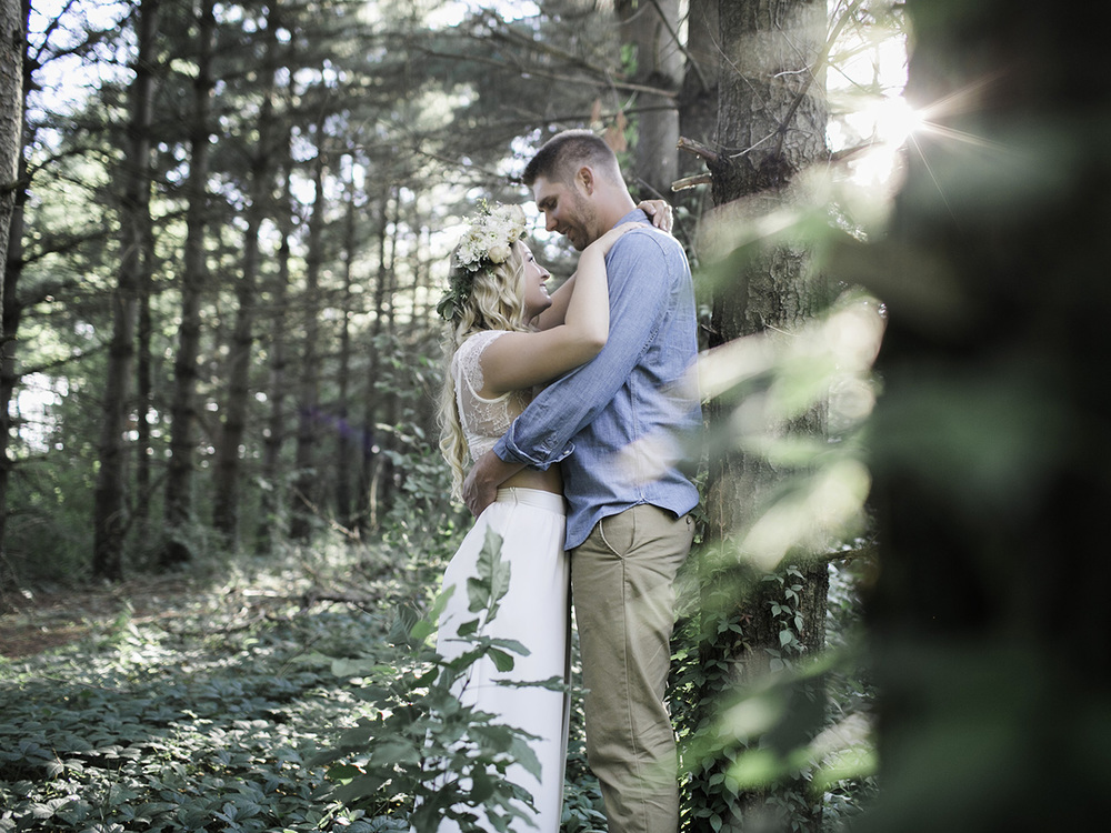 Cedar Falls Engagement Photographer