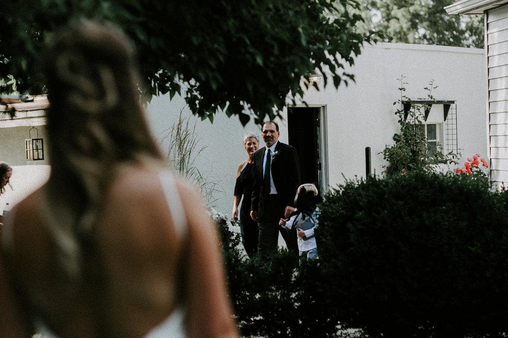 josh&oliviabackyardpullmanwedding057.JPG