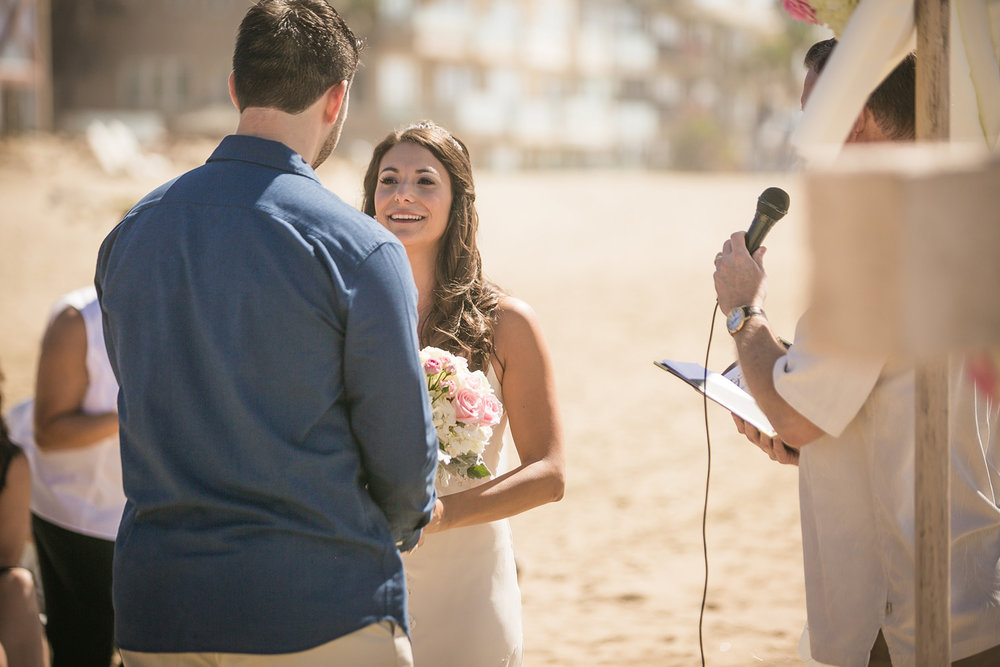 392-OC-beach-wedding.jpg