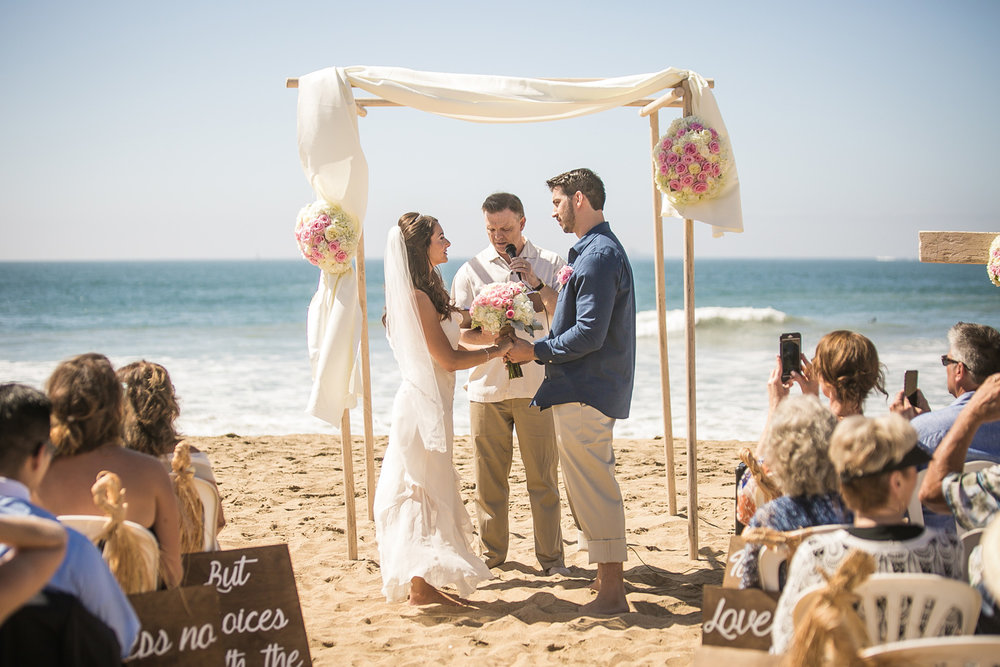 395-OC-beach-wedding.jpg