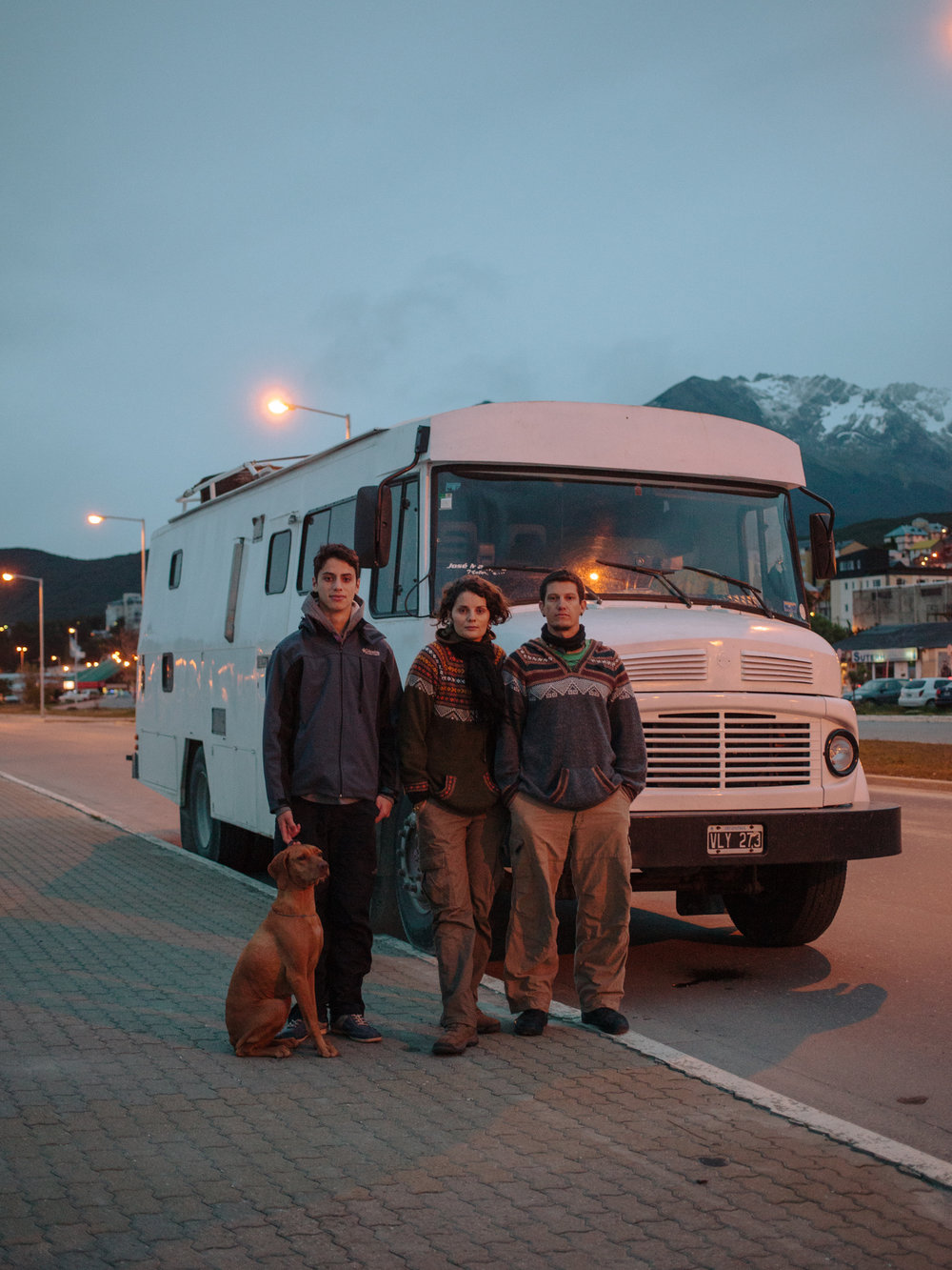 An Argentinian family traveling around South America on their van. Like them, people from all over the world chooses to undertake long road trips to reach the very end of the world here in Ushuaia.