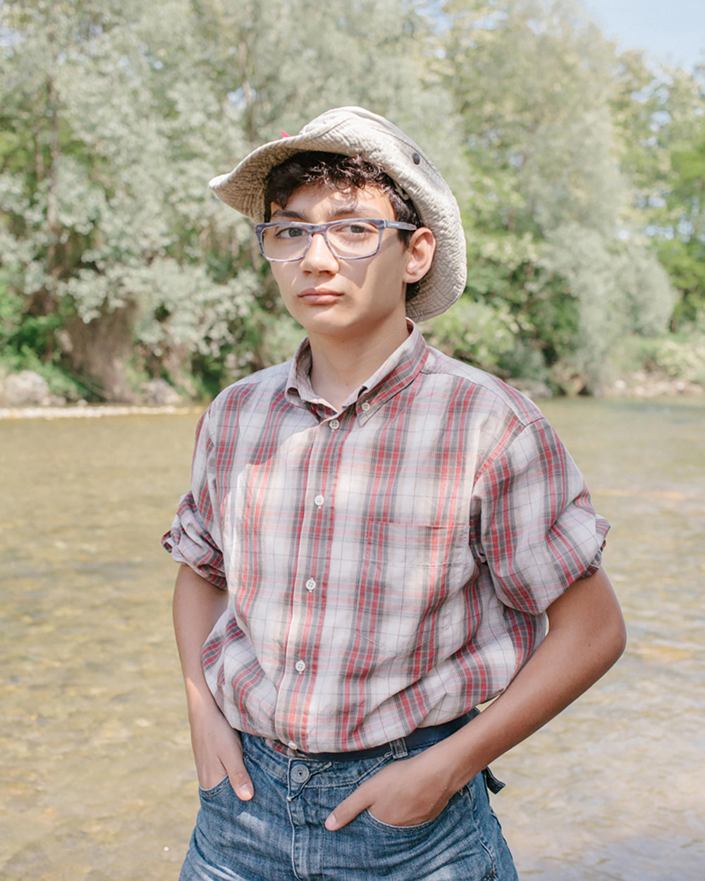 Riccardo Silvestri, 12 years old is one of the youngest gold prospector in the north of Italy. He spends almost every weekends with his dad looking for gold in the Elvo, a well known creek among gold panning lovers near Turin.
