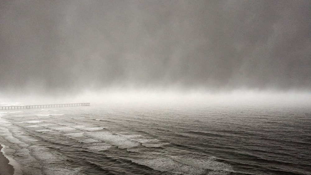 Fog off the water during a stormy day on the Gulf. (c) Larry Kelly, 2015