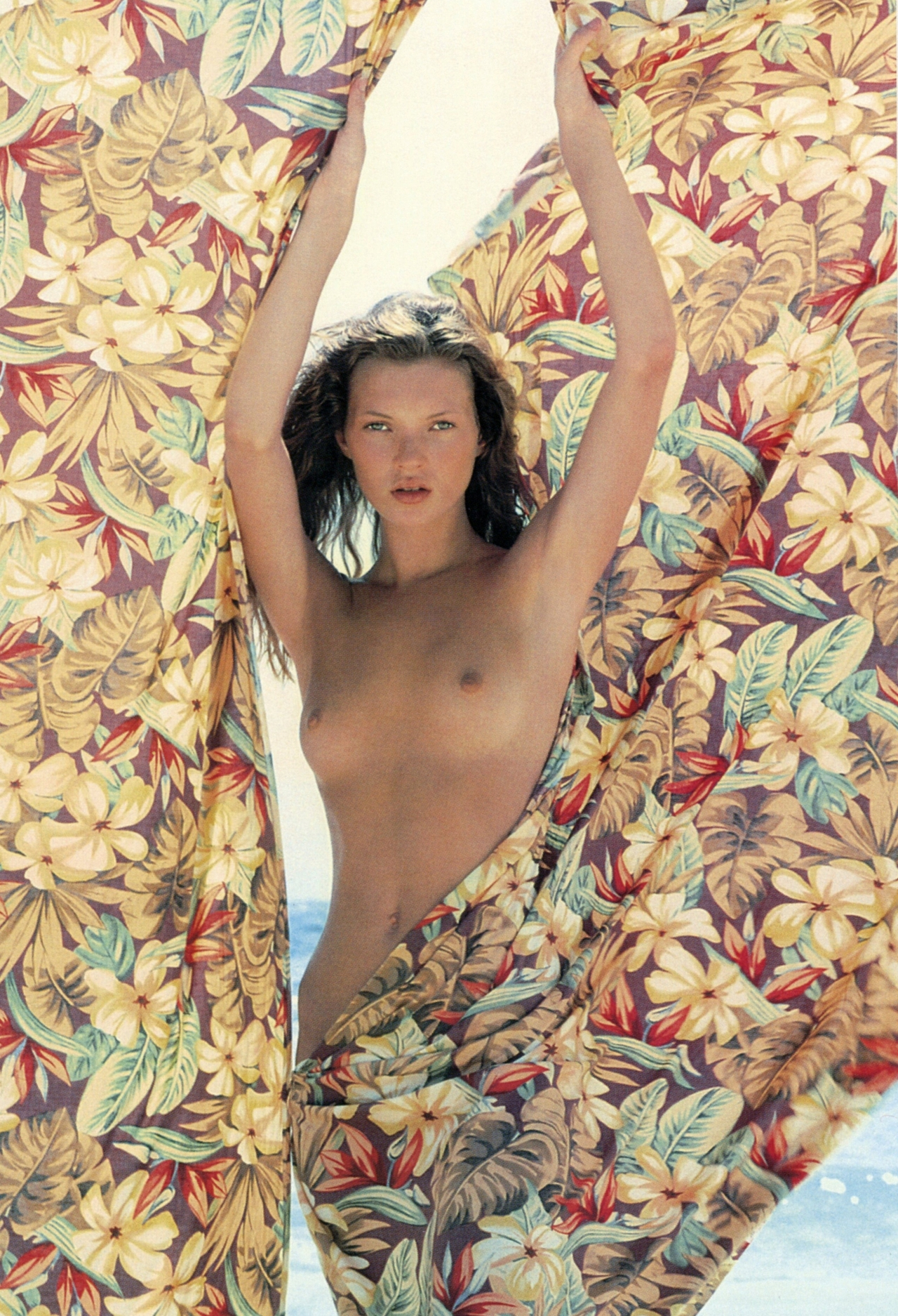 godlovesheart :     Kate Moss for the Pirelli Calendar shot by Herb Ritts © 1994