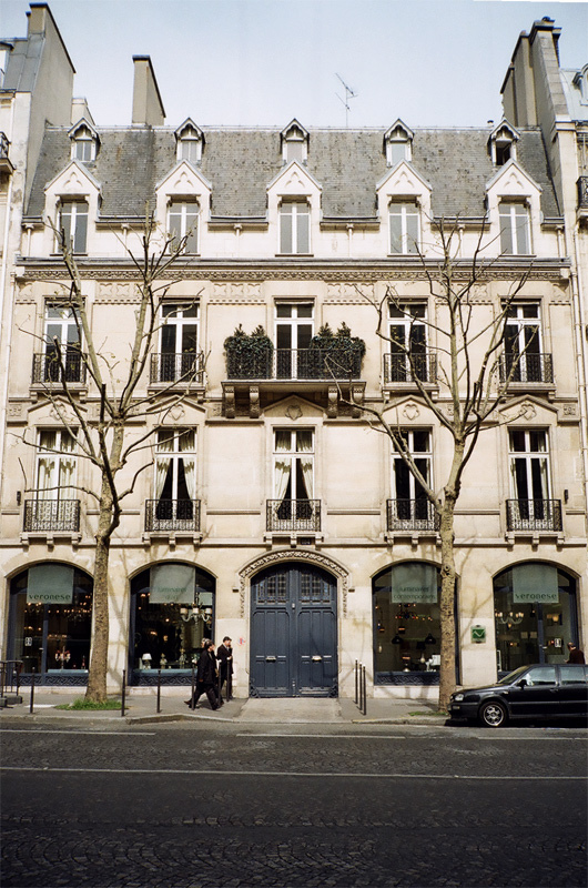 lattices: Quintessential maison de ville (by Plaggue)