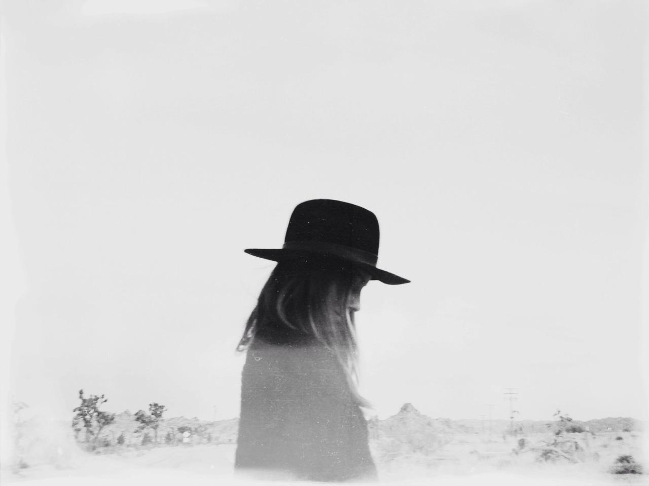 lonniewebbblog: Sunnie by Lon.