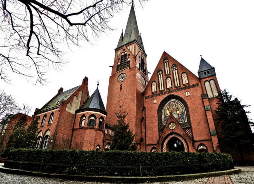 Auenkirche, Berlin Learn More→