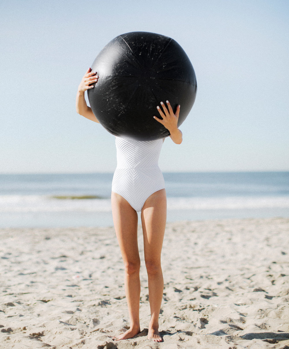 anna-gray_beach_erik-melvin_1.jpg