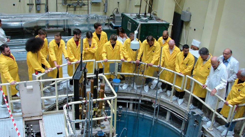 Cohort 4 of the ICO Nuclear CDT with Dr Michael Bluck and Prof Bill Nuttall visiting the TRIGA reactor in Romania (2018)