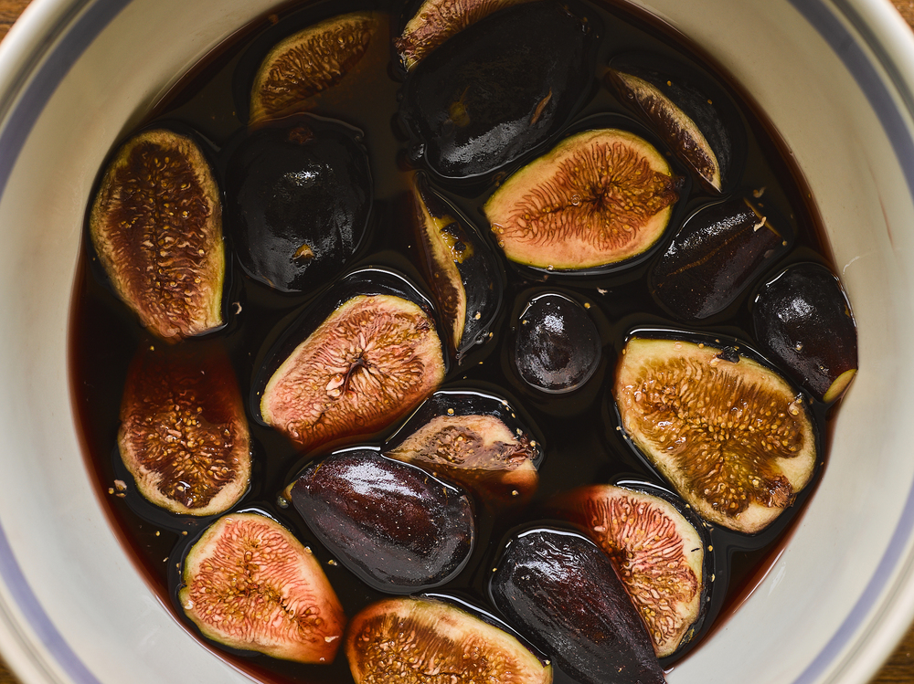 Figs in red wine sauce
