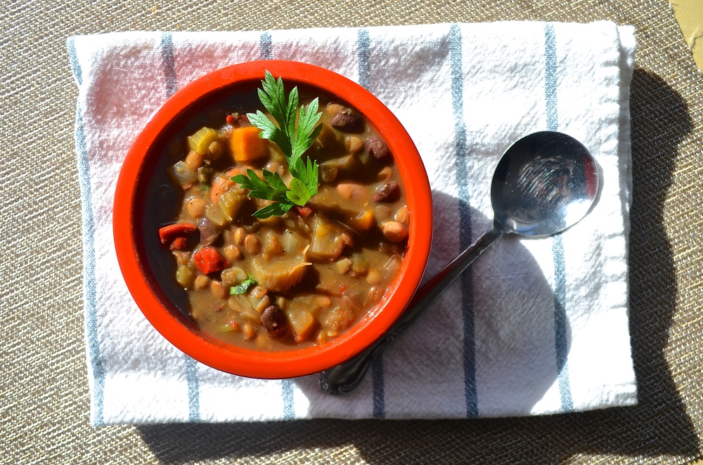 Easy Vegetable and Bean Soup 1